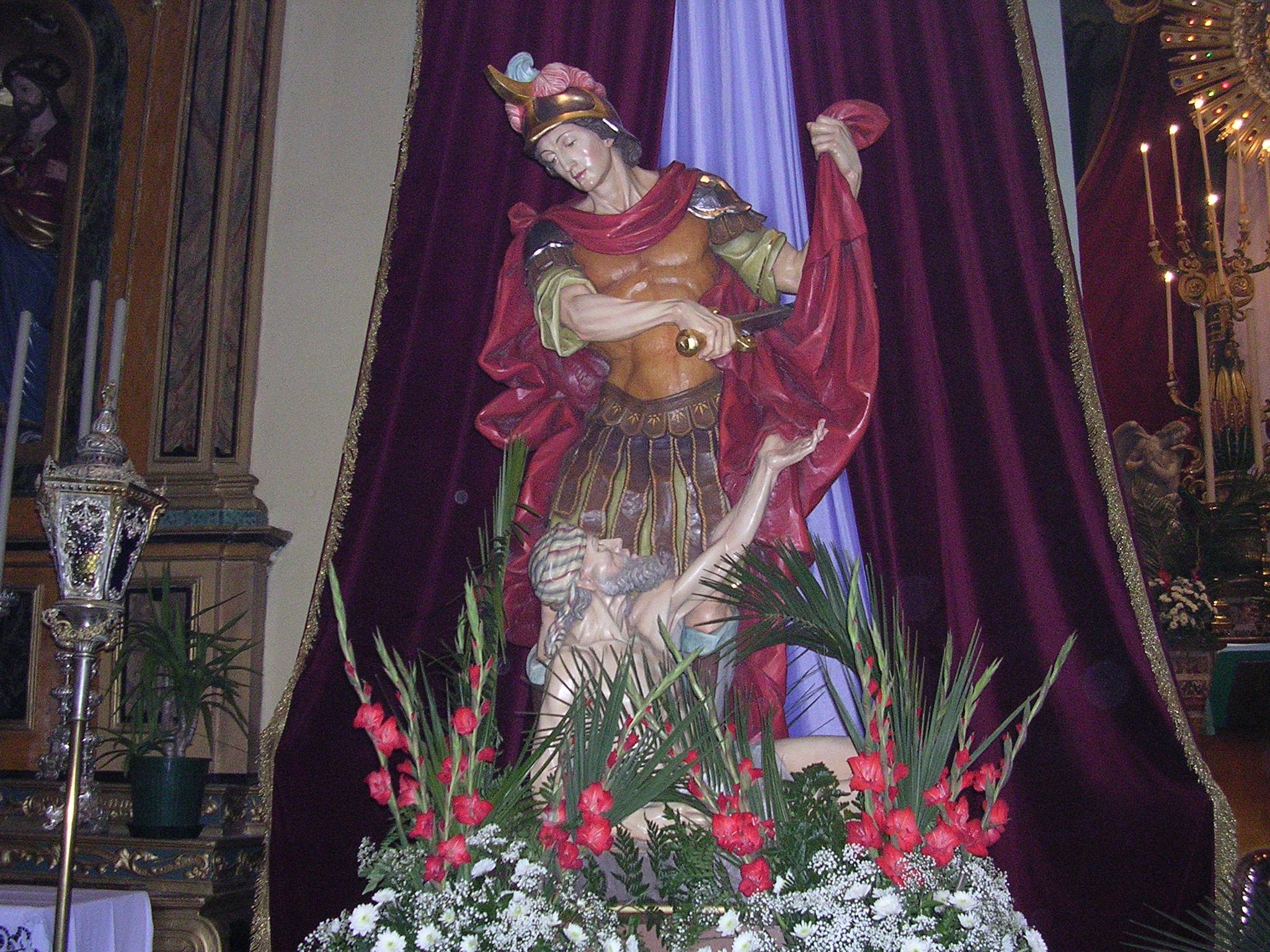 Statua di san Martino a Gorno