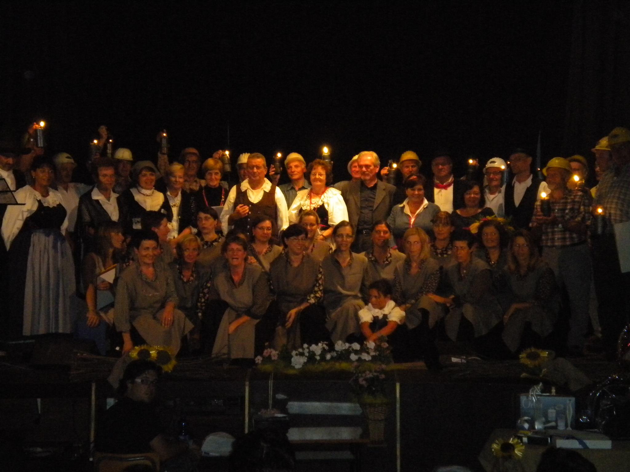 Taissine minatori e gruppi folklorici